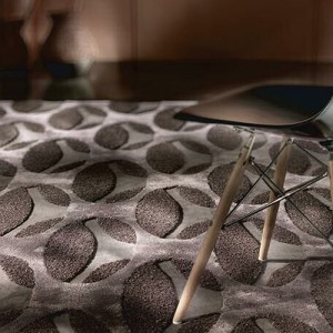 lucia covor maron pentru dormitor